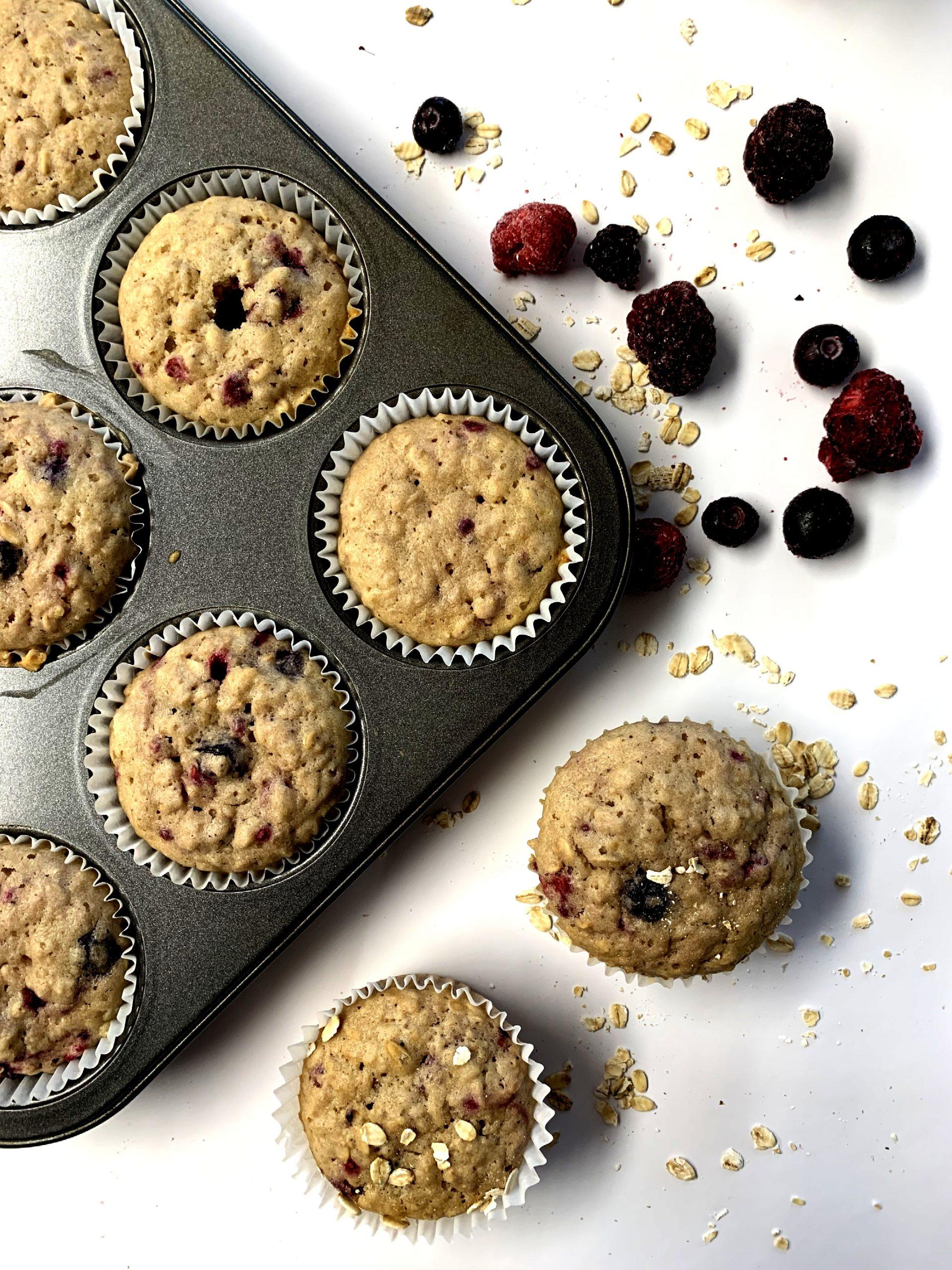 Muffins à l'avoine et petits fruits